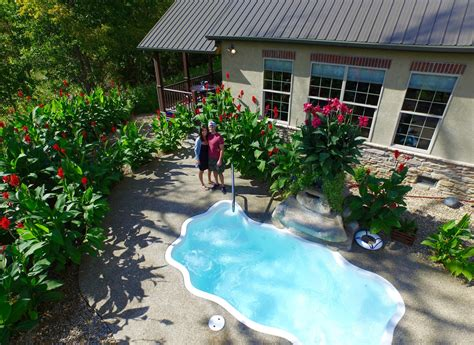 Hocking Cabins With Indoor Pool by Hocking Cabin With Tub Pool Ohio Luxury