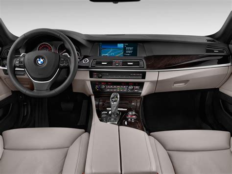 bmw 5 series dashboard 2013 bmw 5 series pictures photos gallery motorauthority