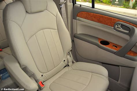 buick enclave second row bench seat buick enclave comfort
