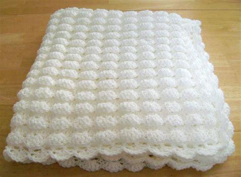 Crochet white baby blanket shell pattern handmade girl boy great gift