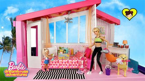 videos de casas de barbie barbie rutina de la ma 241 ana limpiando su nueva casa