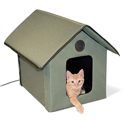 insulated outdoor cat house best heated insulated outdoor cat houses for winter on flipboard