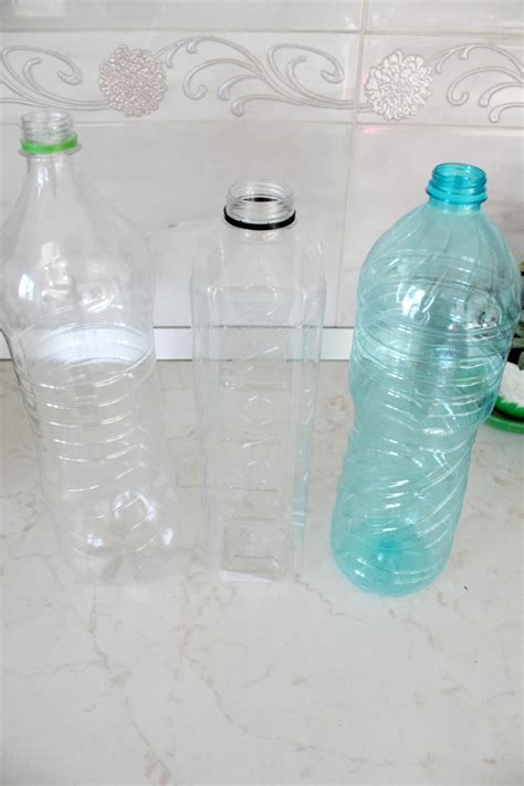 How To Make A Vase With Plastic Bottle by Diy Flower Vase Out Of Plastic Bottle