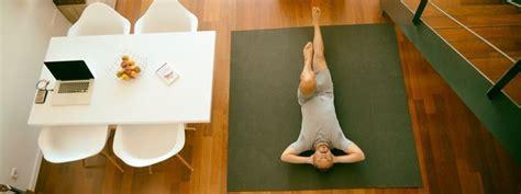 tutorial para hacer yoga en casa razones para hacer yoga en casa 191 qu 233 ventajas tiene