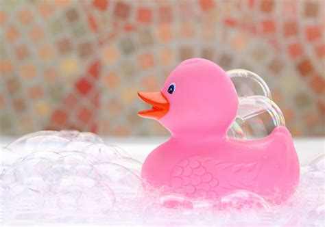 bubbles for bathtub diy homemade bath and body products to gift or make for