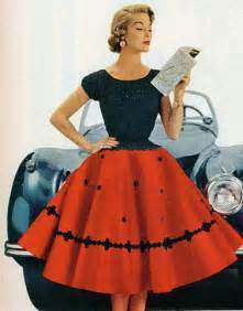 fashion styles for in their 50s here s what would happen if 1950s fashion models were