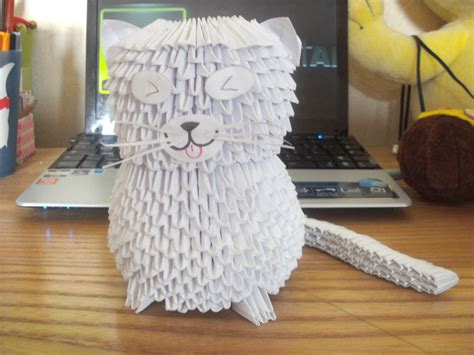 3d Origami Cat - white cat 3d origami by sophieekard on deviantart