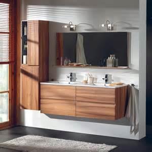 salle de bains 4 tiroirs