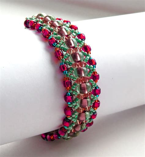 beaded bracelet patterns 1000 images about beadsmagic bracelets on
