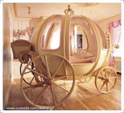 cinderella coach bed 1000 images about gwyn on pinterest cinderella carriage