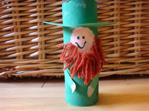 Leprechaun Toilet Paper Roll Craft - crafts for st s day really kid friendly