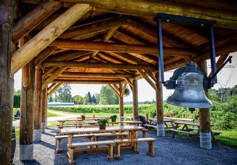 backyard vineyards gazebo with bell picture of backyard vineyards langley