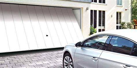 Garages In Scunthorpe by Garage Doors Scunthorpe We Supply And Fit A Wide Range