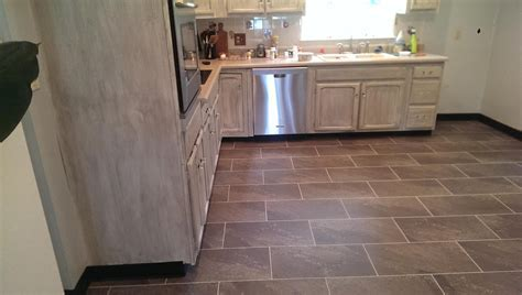 ULTRA CERAMIC / VINYL TILE   Toma Fine Floors