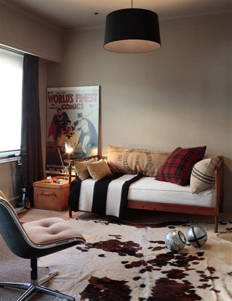 Rooms With Cowhide Rugs by 25 Best Ideas About Cowhide Rug Decor On