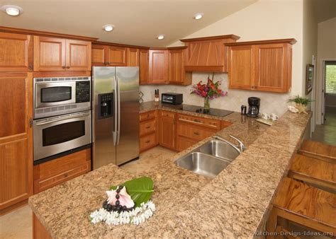 kitchen cabinets countertops ideas pictures of kitchens traditional medium wood cabinets
