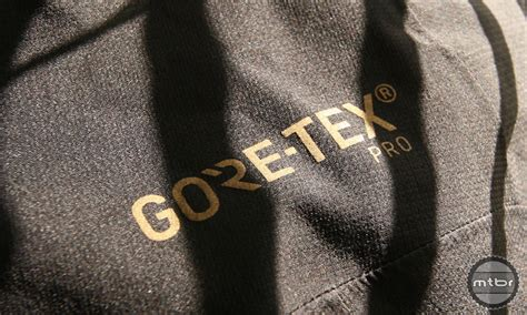 best gore tex cycling jacket 100 gore tex winter cycling jacket soc17 gore bike