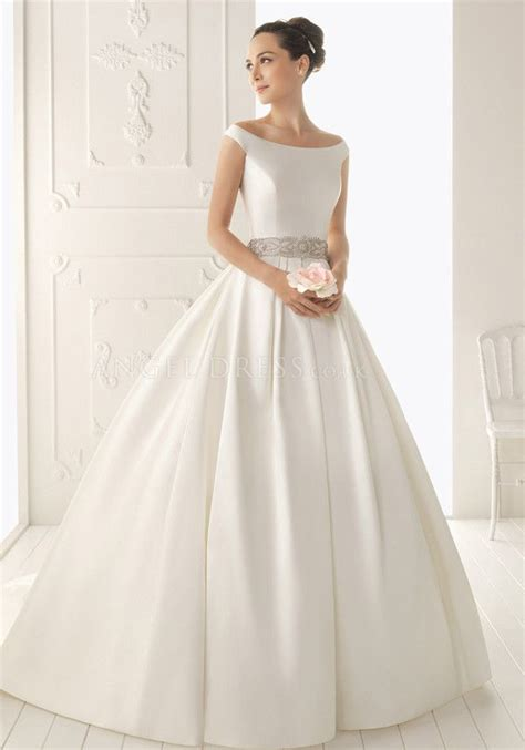 Silk Gown Wedding by 25 Best Ideas About Silk Wedding Gowns On
