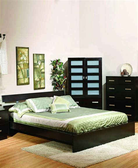 bed bath and beyond coralville hilton beds hilton bed amish direct furniture