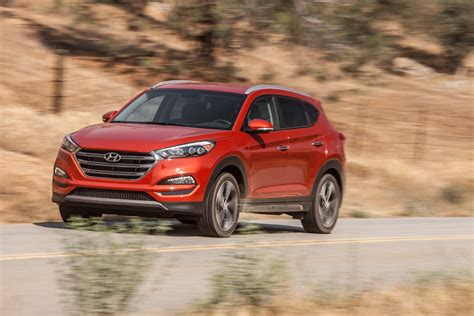 hyundai crossover 2016 2016 hyundai tucson a peppy compact crossover