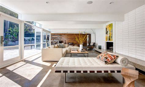 badmöbel set drive plus mies der rohe s iconic barcelona furniture steals the show
