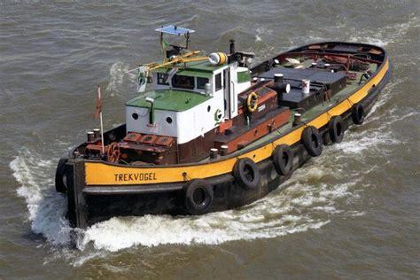 sleepboot ijsvogel d 13 02312254 stoomsleepboot binnenvaart eu