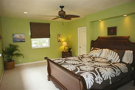 how many square in a 10x10 room sweet home in waimanalo real estate april 2012