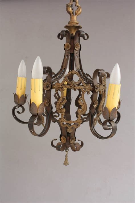 1920s Chandelier Vintage 1920s Chandelier With Acanthus Details For Sale At 1stdibs