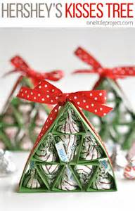 Rustic Christmas Tree Decorations Christmas Party Favors 13 All About Christmas