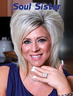 what hair spray does teresa caputo use theresa caputo hair what is theresa caputos hair spray