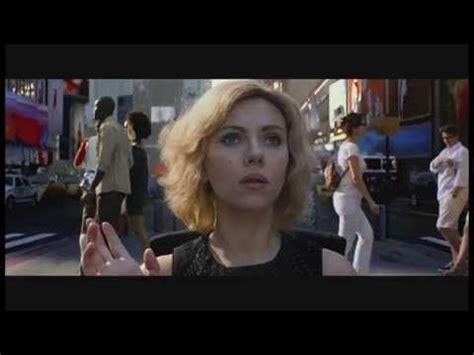 film lucy opis filmu recenze nejparadoxnějš 237 film roku lucy filmserver cz