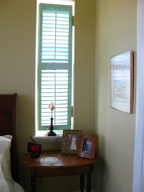 Narrow Windows Ideas Narrow Windows On Sides Of Bed Home Decor Pinterest