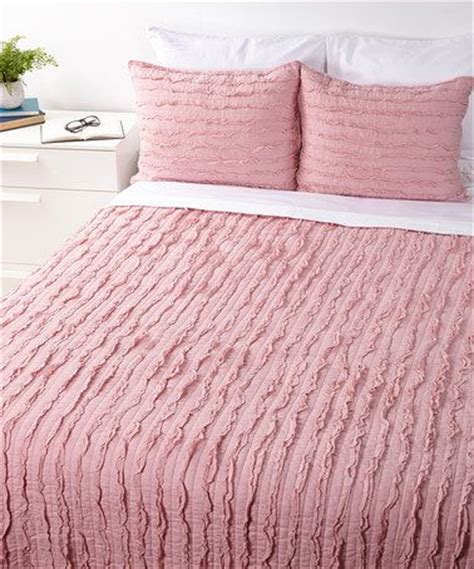 dusty rose comforter dusty rose ruffle quilt