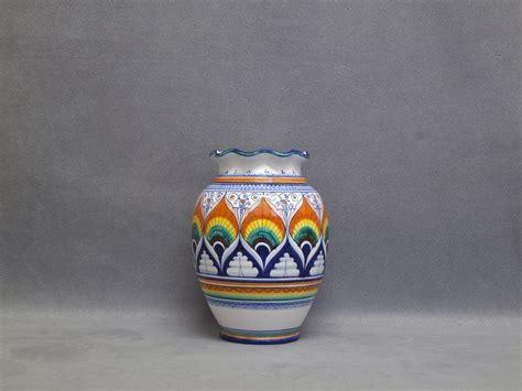 vaso panciuto vaso ceramica di faenza panciuto con bocca smerlata e