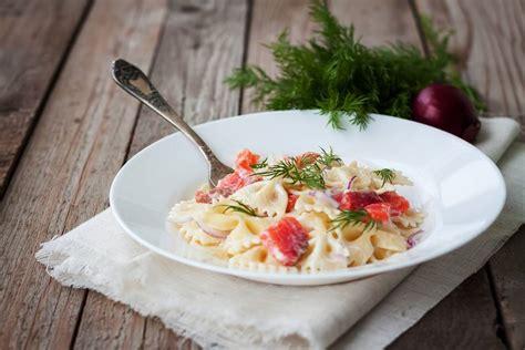 cucinare pasta pasta con salmone e rocoto cucinare it
