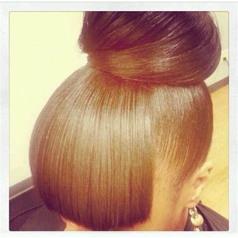 bob haircuts ponytail i m in love with this bun cute hair pinterest bangs