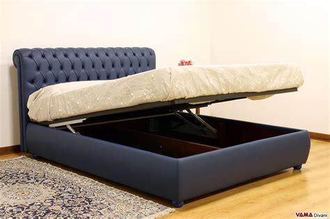 letto in pelle con contenitore letto chesterfield con contenitore eleganza e praticit 224
