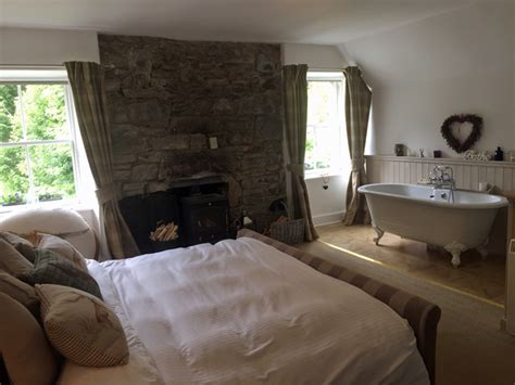 roll top bath in bedroom highland coach house strathconon highlands self catering