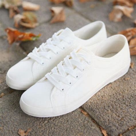 Sepatu Sneakers Casual Flat Pria 656 01 2017 fashion canvas shoes low breathable solid color flat shoes casual white leisure