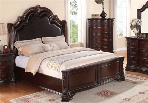 Sheffield Bedroom Furniture Sheffield Cherry Panel Bedroom Set Overstock Warehouse