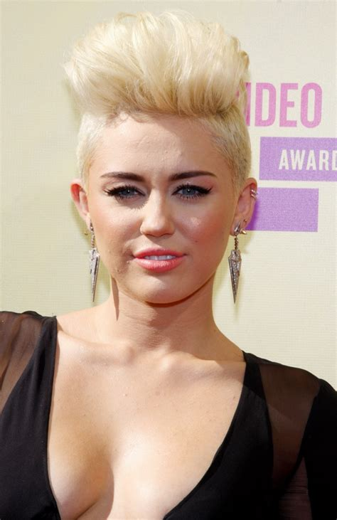 name of miley cyrus hairdo miley cyrus mohawk hairstyle blonde