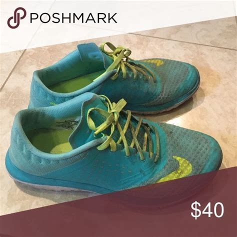 cleaning running shoes in washing machine 1000 ideas about clean tennis shoes on