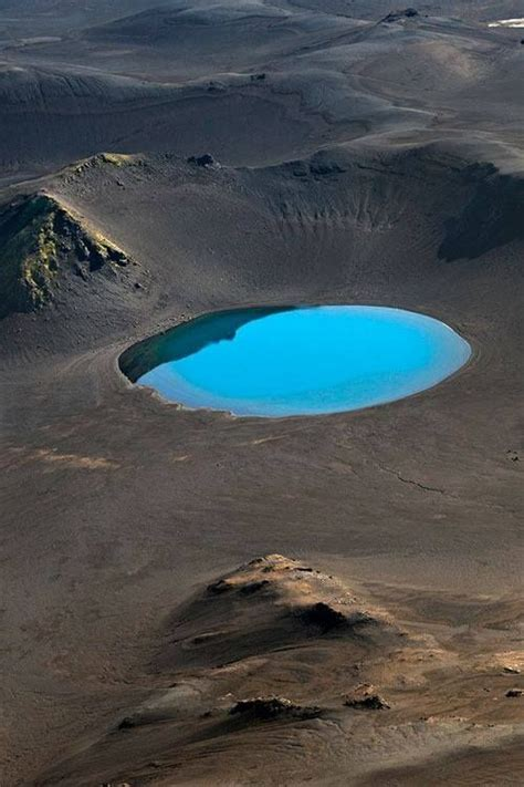 Look Out The Window Ae Itaes Crater Lake by 20 Best Aerial Photography Images On Aerial