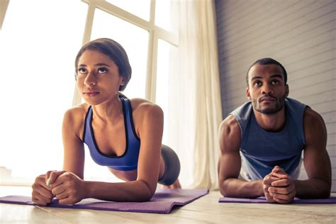 exercises you can do in your bedroom 5 workouts you can do in your apartment apartminty