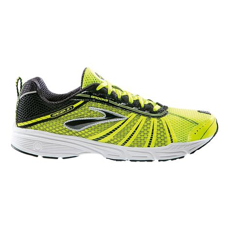 road runner sports shoes racer st 5 racing shoe at road runner sports