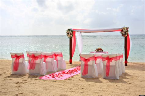 Tips for planning a beach wedding the huffington post