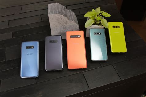 the new samsung galaxy s10 s10 s10e s10 5g smartphones are official here s everything you