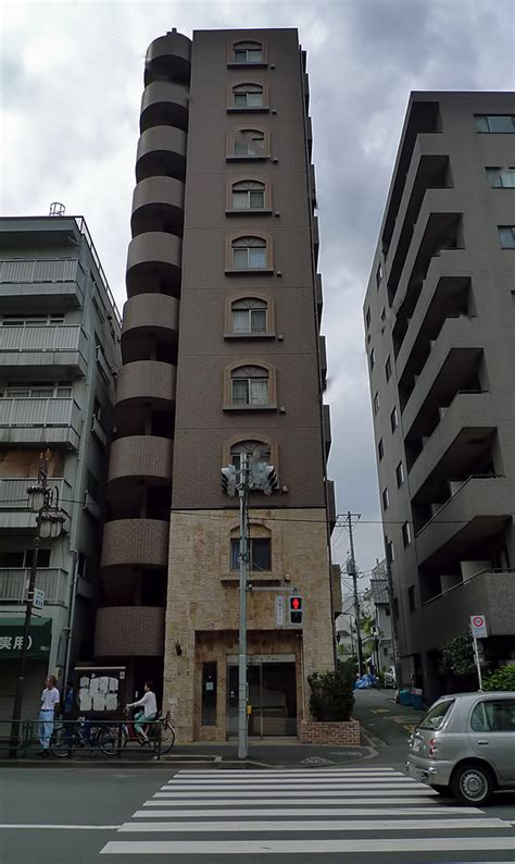Appartment Tokyo by Japanese Apartment Buildings