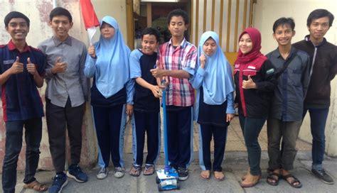 jempol mahasiswa ciptakan tongkat ajaib untuk penyandang tunanetra okezone news