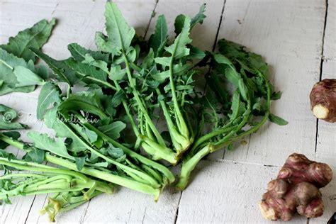 cucinare broccolo fiolaro strudel al broccolo fiolaro e topinambur timo e lenticchie
